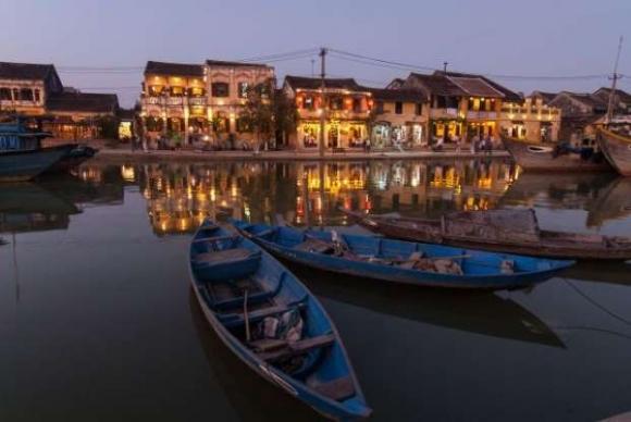 Hội An góp mặt trong top những điểm du lịch lãng mạn nhất cho ngày Valentine - 5