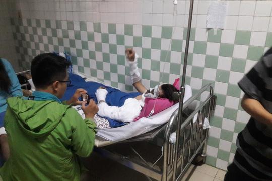 Vụ tạt a xít ở Quảng Ngãi: Các đối tượng ra tay chưa đầy 20 giây - 1
