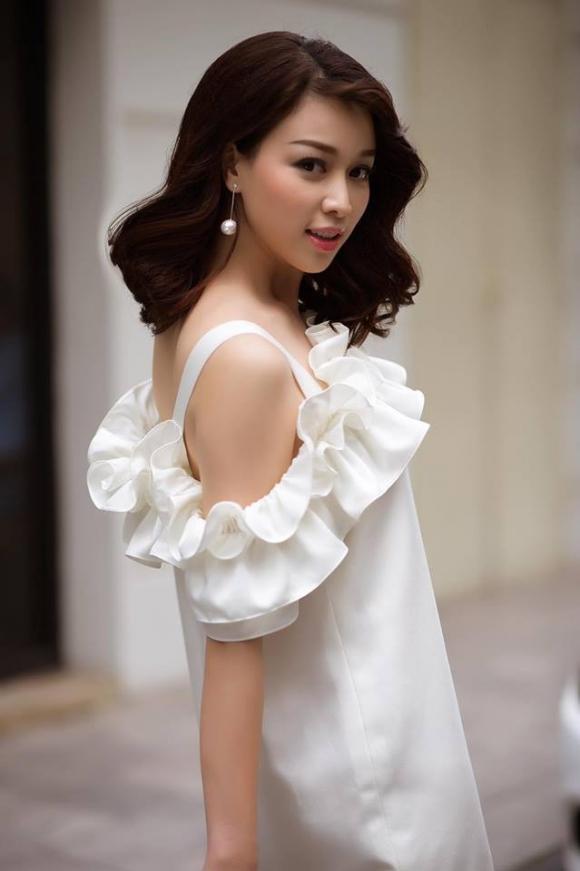 Ở biệt thự 5 sao xa hoa, top 10 Hoa hậu VN: Chồng không phải đại gia chỉ là thanh niên có chí - Ảnh 4.