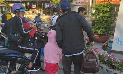 Chuyện ông bố đơn thân bị lừa mất tiền chữa bệnh cho con gái, phải nhặt ve chai đổi vé xe về quê gây xúc động