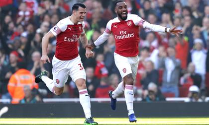 Mkhitaryan và Lacazette lập công, Arsenal chiếm vị trí thứ 4 của M.U