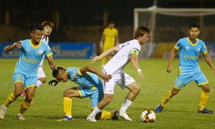 Vòng 1 V-League: HAGL thắng giòn, Quế Ngọc Hải ôm mặt khóc...