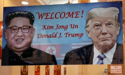 Hai ông Trump, Kim Jong Un đến Hà Nội và cùng nhau ăn tối