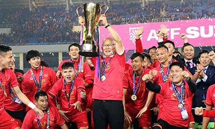 Huấn luyện viên Pak Hang Seo bật mí bí quyết giúp Đội tuyển bóng đá Việt Nam có thể lực tốt
