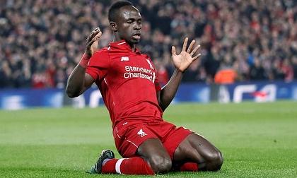 Mane và Van Dijk cùng lập cú đúp, Liverpool vùi dập đối thủ không thương tiếc
