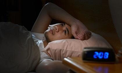 10 thực phẩm nên tránh ăn trước khi đi ngủ