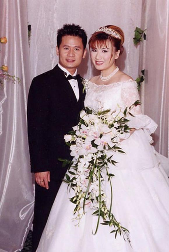 Vụ ly hôn kỳ lạ của Bằng Kiều: Trợ cấp 2 tỷ mỗi năm, đưa vợ cũ đi du lịch hâm nóng tình cảm  - Ảnh 1.