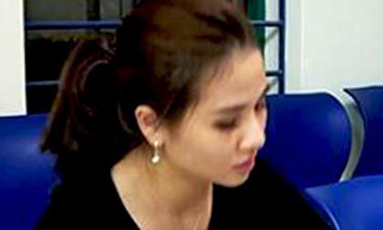 Bắt hot girl 9X ở Huế vận chuyển 1,5 kg ma túy đá