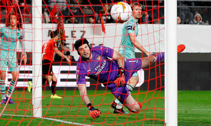 Rennes - Arsenal: Thẻ đỏ, phản lưới và màn 'ngược dòng' ngoạn mục