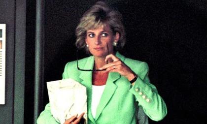 Tiết lộ mới gây sốc về Công nương Diana: Từng giấu người tình trong chăn để đưa vào cung điện