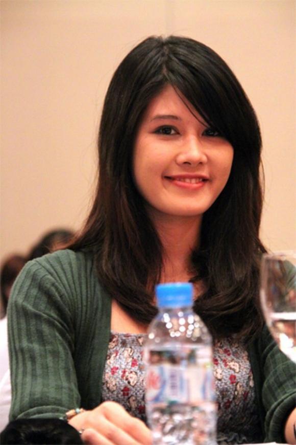 Cuộc sống của Hoa hậu độc nhất vô nhị Việt Nam gây nuối tiếc vì giải nghệ quá sớm - Ảnh 3.
