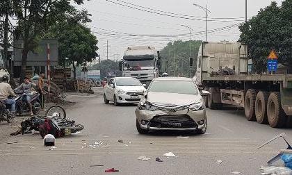Hải Dương: Tài xế xe bán tải say xỉn gây tai nạn liên hoàn, bà lão 62 tuổi tử vong