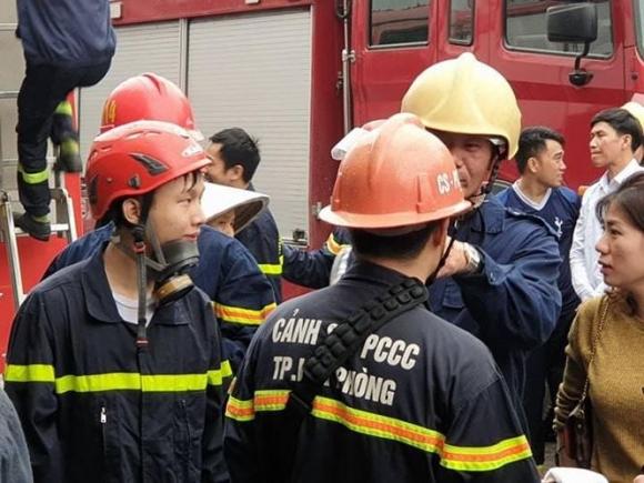Hiện trường vụ cháy khách sạn kinh hoàng ở Hải Phòng - 5