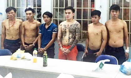 """Sài Gòn - Trăm kiểu bảo kê: Giang hồ """"hút máu"""" gái làng chơi"""