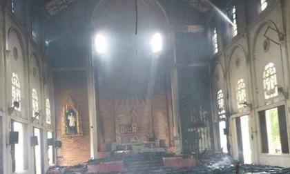 Cháy lớn tại nhà thờ Thọ Vực nhiều tài sản bị thiêu rụi
