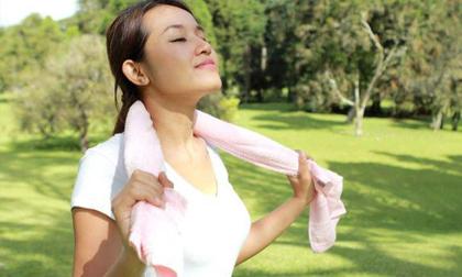 Những phụ nữ sống trường thọ thường có 5 đặc điểm này, bạn có mấy điều?