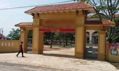 Nghi án 10 thanh niên hiếp dâm 1 nữ sinh: Nhà trường ra thông báo 'đặc biệt'
