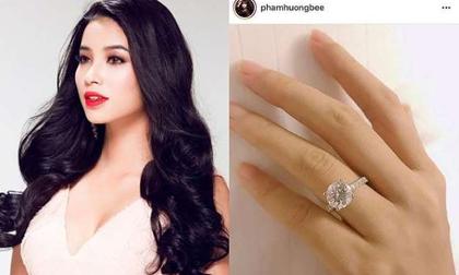 Phạm Hương khoe trọn bộ quà tặng kim cương, rộ tin đồn sắp làm đám cưới