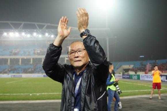 U23 Việt Nam đại thắng Thái Lan: Ngã ngửa với chiến thuật cao tay thầy Park - 2