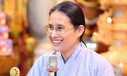 Bà Phạm Thị Yến nói trong cuộc điện thoại xin lỗi mẹ nữ sinh giao gà: 'Nói đi thì nhẹ nhưng nói lại thì nặng'