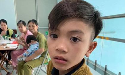 Vụ cậu bé Sơn La đạp xe về Hà Nội: 'Cung đường đó tài xế chúng tôi còn ngại'