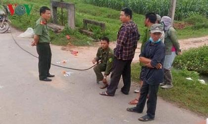Vụ người đàn ông nằm chết giữa đường: Bắt 2 đối tượng