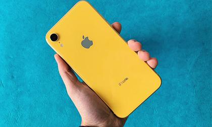 Apple tiếp tục giảm giá iPhone XR