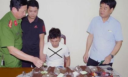 Hà Nam: Bắt giữ đối đối tượng vận chuyển số lượng lớn ma túy tổng hợp
