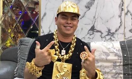 Nguyên nhân Phúc XO - người đeo vàng nhiều nhất Việt Nam bị tạm giữ