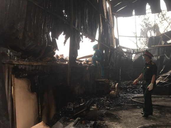 Hiện trường vụ cháy kinh hoàng 8 người chết và mất tích - 3