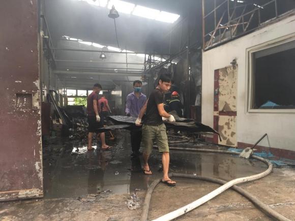 Hiện trường vụ cháy kinh hoàng 8 người chết và mất tích - 10