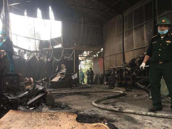 Hiện trường vụ cháy kinh hoàng 8 người chết và mất tích - 5