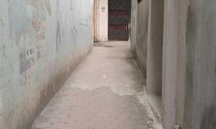 Công an triệu tập kẻ tình nghi dụ hai bé gái 5 và 11 tuổi vào ngõ vắng để xâm hại