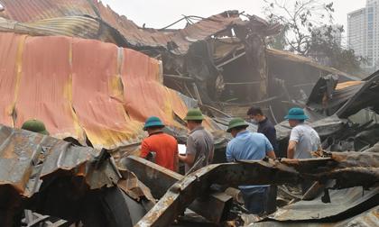 Vụ cháy xưởng ở Trung Văn: Con chưa kịp nhìn mặt cha