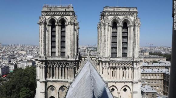 Cổ vật quý nhất của Nhà thờ Đức Bà Paris ra sao sau vụ cháy kinh hoàng? - 2