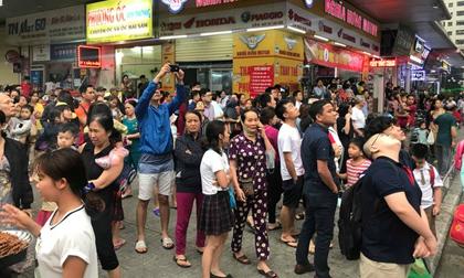 Cháy căn hộ tại tầng 32 chung cư Linh Đàm, hàng nghìn người hoảng sợ tháo chạy