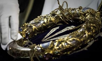 Cổ vật quý nhất của Nhà thờ Đức Bà Paris ra sao sau vụ cháy kinh hoàng?
