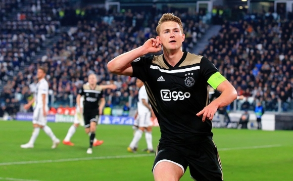 Ronaldo ghi bàn, Juventus vẫn bị Ajax loại cay đắng