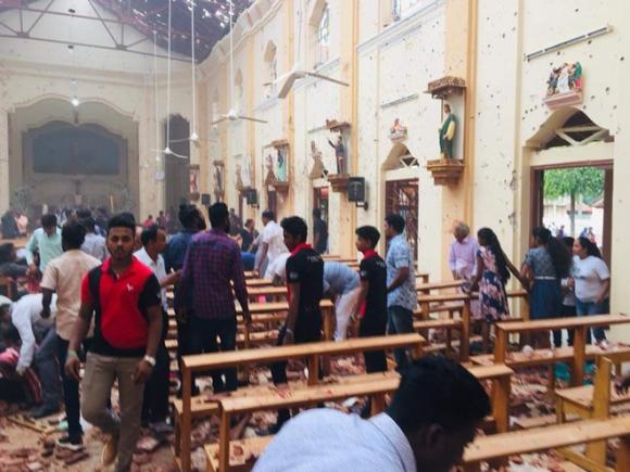 NÓNG: Lễ Phục Sinh đẫm máu ở Sri Lanka, đánh bom kinh hoàng, hơn 130 người thiệt mạng