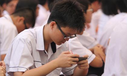 Smartphone lấy đi tuổi thơ của trẻ