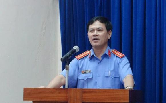 Bị khởi tố về hà nh vi 'dâm ô đối với người dưới 16 tuổi', ông Linh đối diện khung hình phạt nà o?
