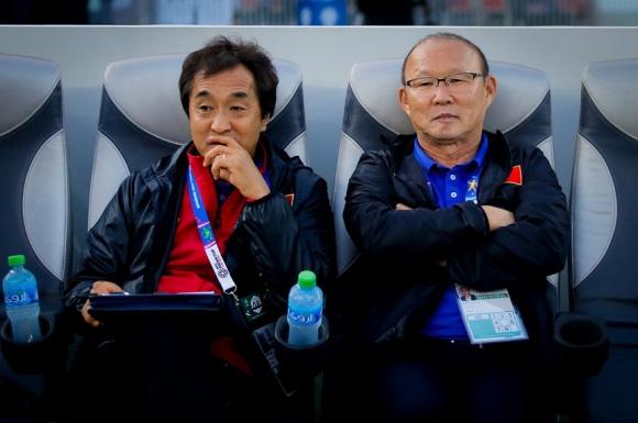 HLV Park Hang-seo có thể sang châu Âu xem giò các cầu thủ Việt kiều