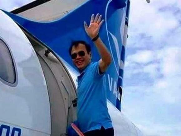 Ông Nguyễn Hữu Linh nhận quyết định khởi tố tại công an quận 4