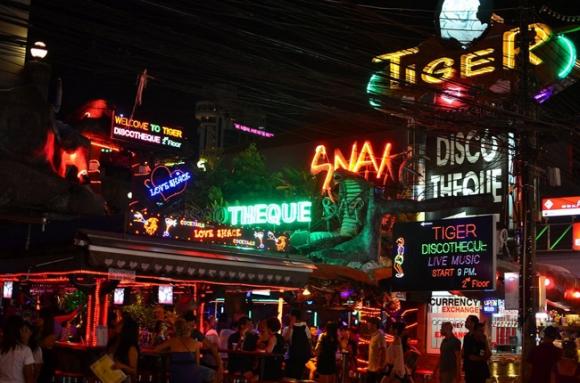 10 địa điểm cực thú vị không thể bỏ qua khi đến Phuket Thái Lan - 3