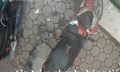 Trộm bẻ khóa xe SH nhanh như chớp ở Hà Nội