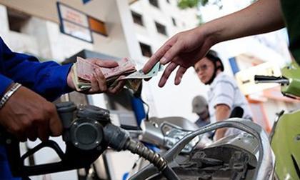 Giá xăng hướng mốc cao nhất lịch sử và doanh thu gần 500 tỷ mỗi ngày của Petrolimex