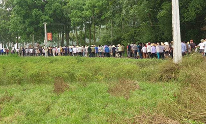 Hàng trăm người gạt nước mắt, tiễn đưa 4 học sinh đuối nước ở Thanh Hóa