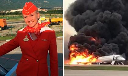 Ám ảnh khoảnh khắc tiếp viên đạp hành khách ra khỏi máy bay bốc cháy ở Nga