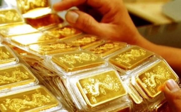 Giá vàng hôm nay 10/5: Nín thở chờ đợi, vàng tăng tiếp