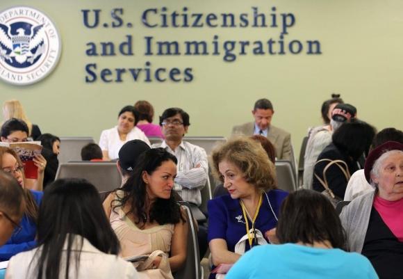 Dịch vụ trọn gói của đường dây môi giới hôn nhân giả gốc Việt ở Mỹ